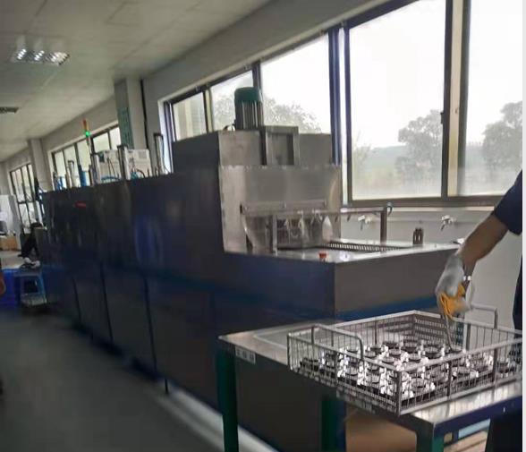 电机端盖通过式超声波高压喷淋清洗机烘干段