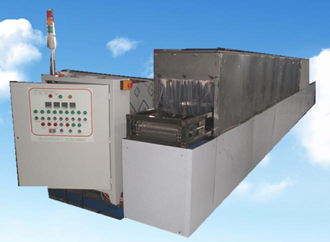 五金模具通过式超声波清洗机设备正面