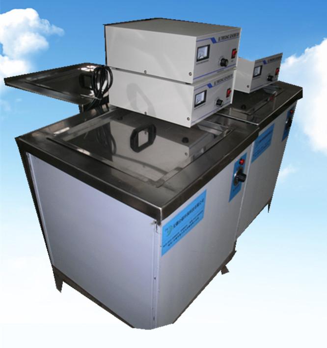 单槽超声波清洗机900W侧面拍摄图