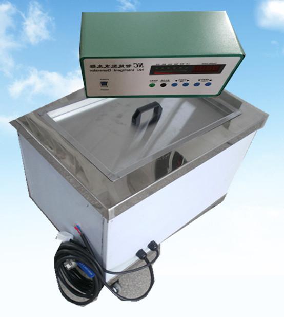 单槽超声波清洗机1500W侧面拍摄图